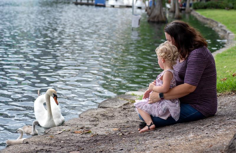 Ruby mom+me sin swans II.jpg