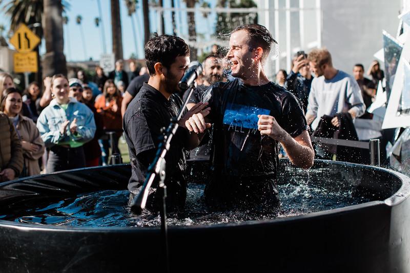 2018_12_30_HollywoodBaptisms_10am_NL-100.jpg