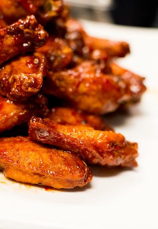 2014 Hot Wings Competition at Saluna