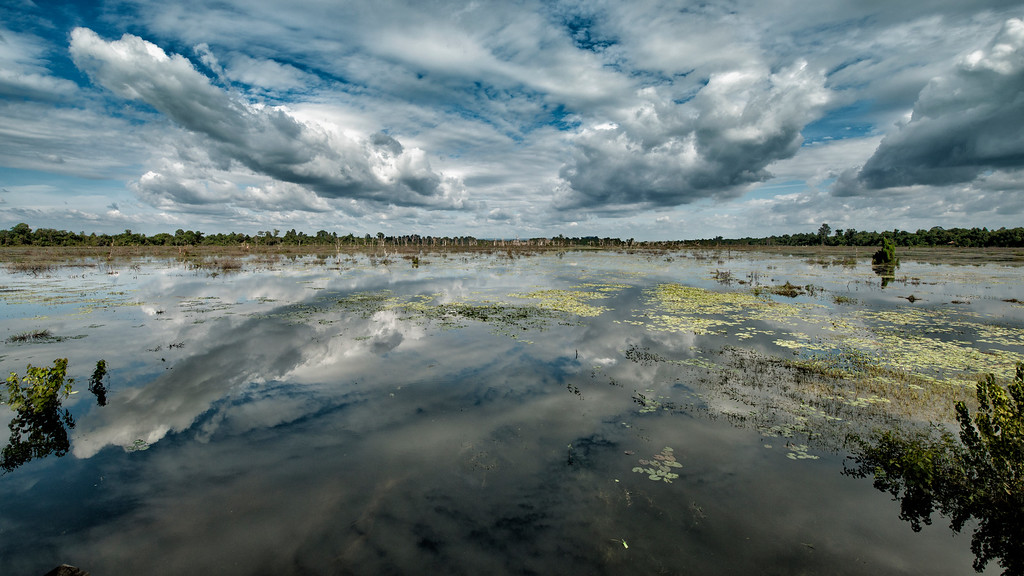Neak Pean Lake