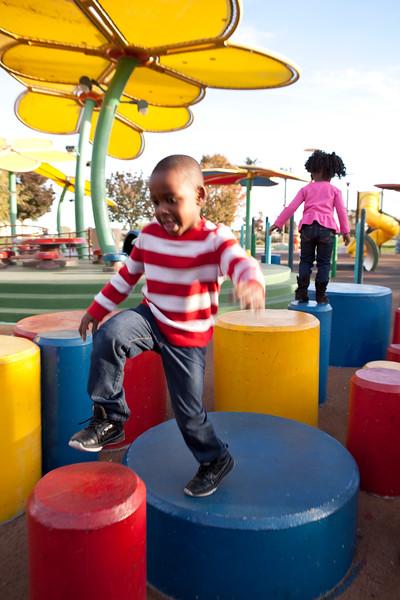 playground-kids-111715-13.jpg