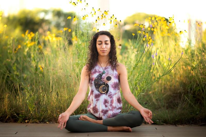 Online Yoga - Lincoln Park Shoot-617.JPG