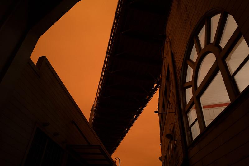 red sky fires 1462559-9-20.jpg