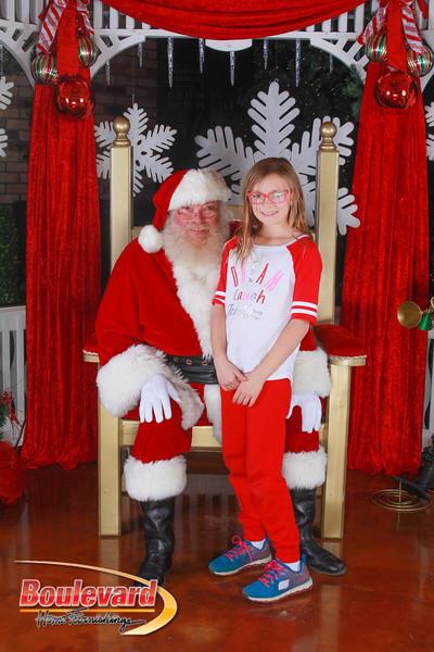Santa 12-10-16-234.jpg