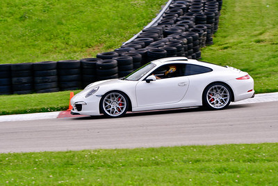 6-6-19 SCCA TNiA Pitt Race Interm White Porsche