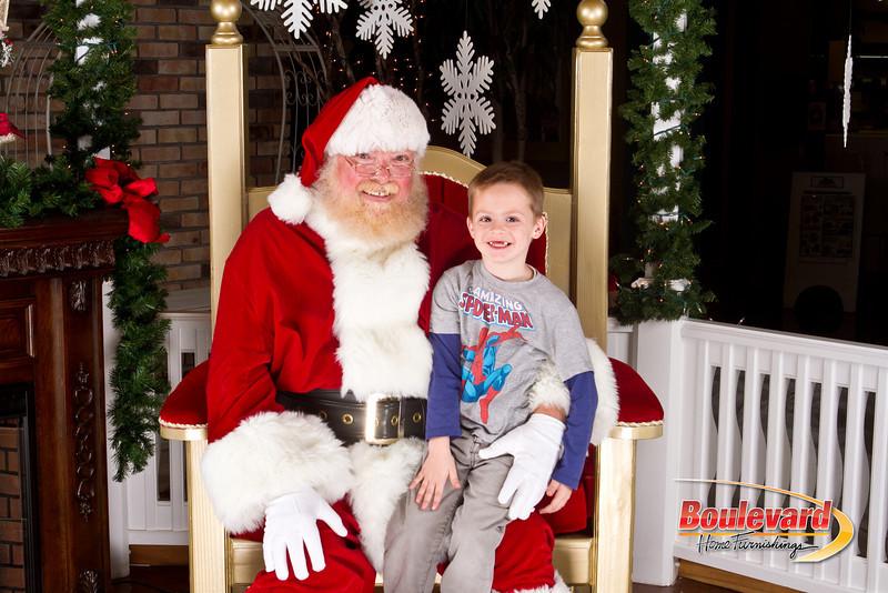 Santa Dec 8-295.jpg