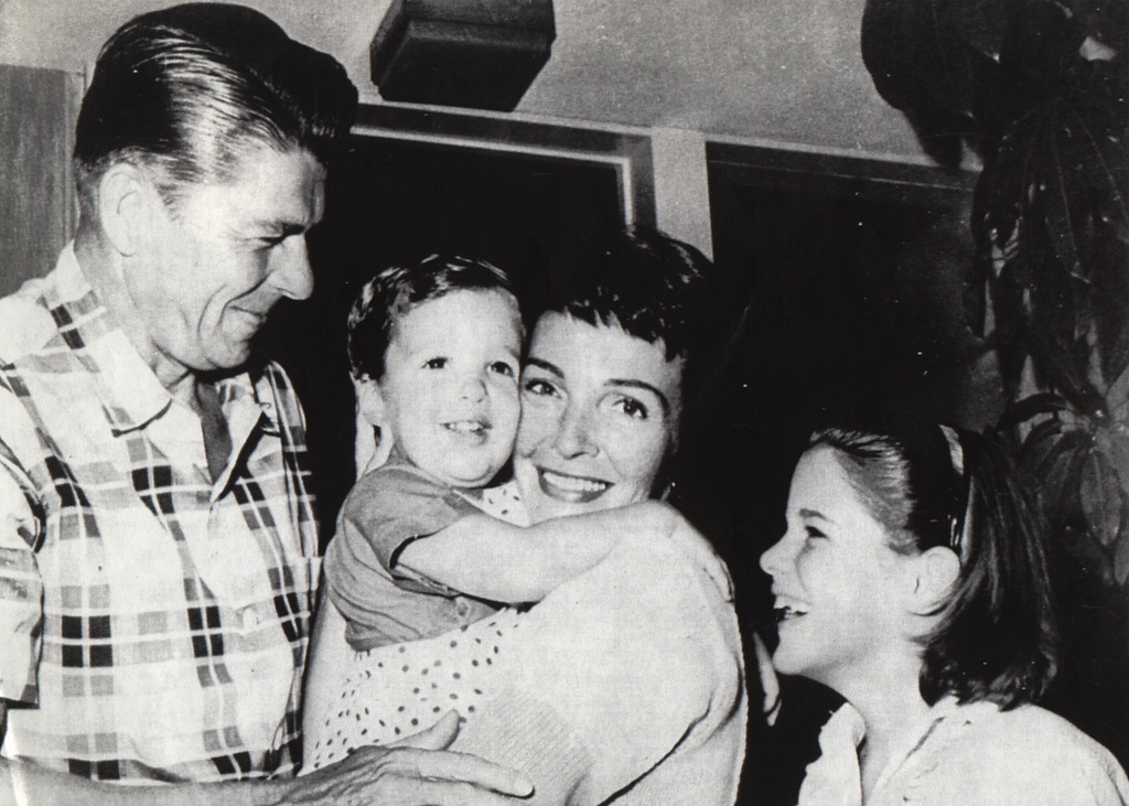 . Undated: Ronald Reagan , is seen during early years of his marriage with wife Nancy and Children Ronald Jr. and Patti.  (Los Angeles Daily News file photo)