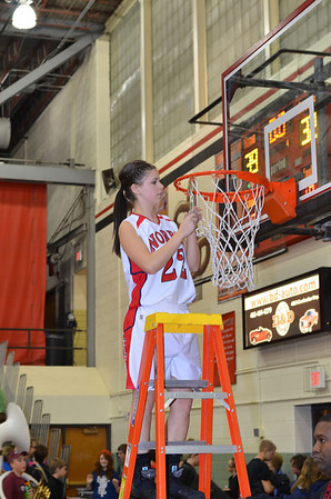 Varsity Girls Basketball vs Waverly @ Districts