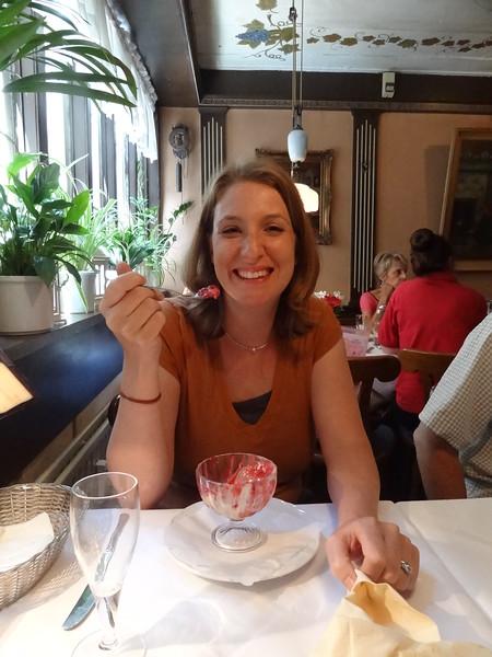 csw3very yummy raspberry desert, Krameramtsstuben Restaurant, Hamburg, Germany