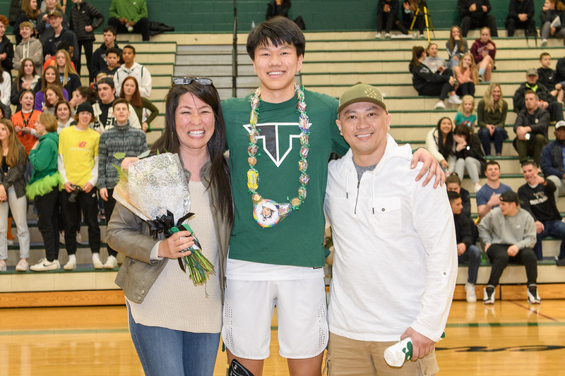 Senior Night 2020-2020-CG-7615.jpg