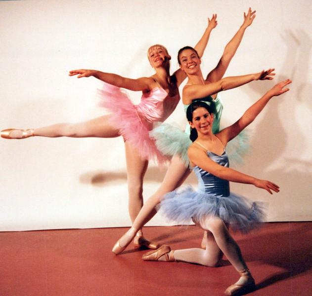 Dance_2349_a.jpg