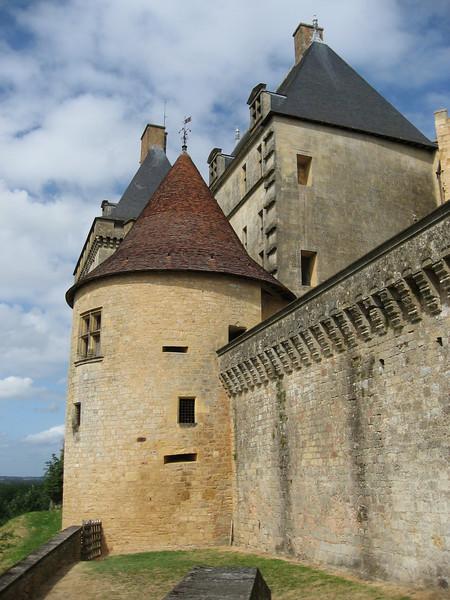 Chateau de Byron, Dordogne