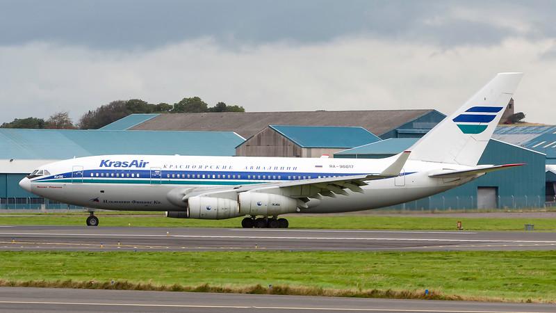 RA-96017. Ilyushin Il-96-300. Kras Air. Prestwick. 090907.