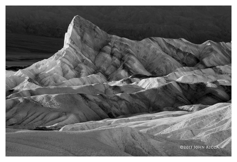 Manly Beacon, Death Valley B&W.jpg