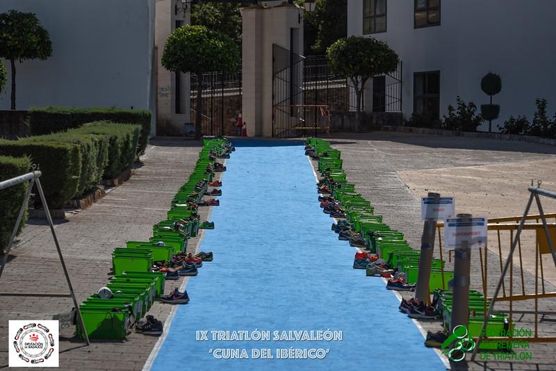 TRIATLÓN SALVALEÓN.jpg