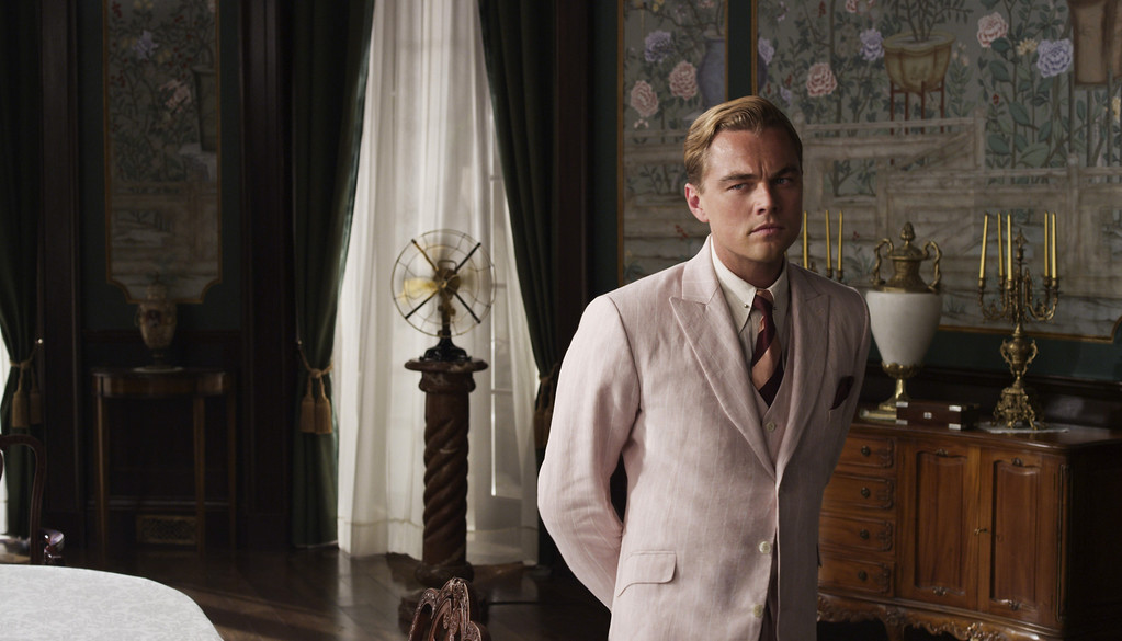 """. LEONARDO DiCAPRIO as Jay Gatsby in Warner Bros. Pictures� and Village Roadshow Pictures� drama  \""""THE GREAT GATSBY,\"""" a Warner Bros. Pictures release.��®"""