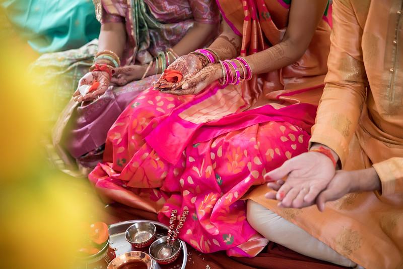 Hina_Pithi_Pooja-400.jpg