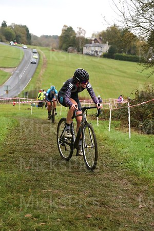 CX Whipsnade  Ladies race