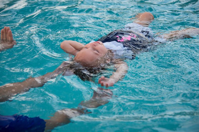 Ava Swimming-12.jpg