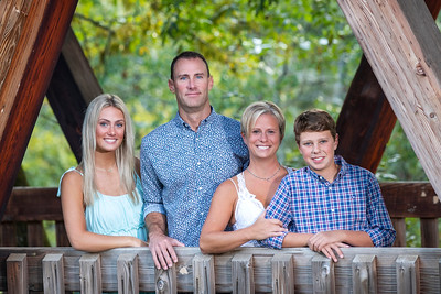 McNeal Family @ Roswell Mill
