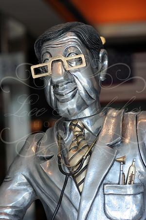 Frank Meisler, Whimsical Sculptor Extrodinaire