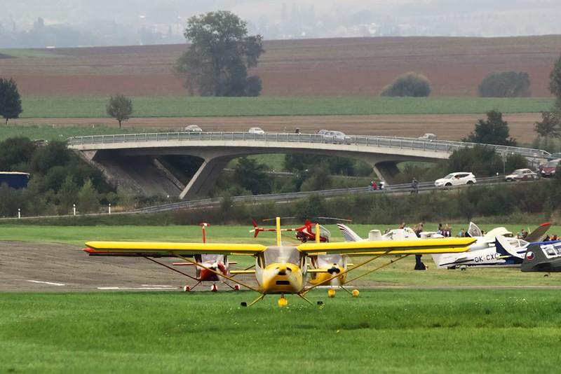 Aeroprakty rolují na start