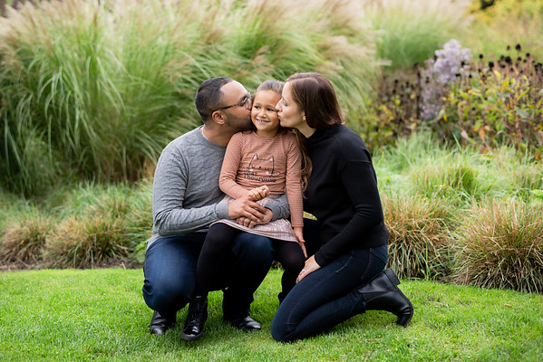 SNAPSHOT: Family portrait session at the Music Garden in Toronto with Paul, Lesley & E