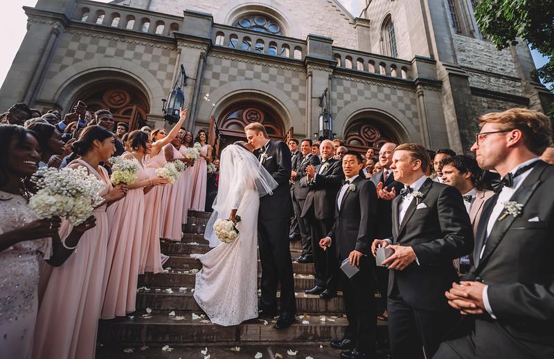 Montreal Wedding Photographer | Wedding Photography + Videography | Ritz Carlton Montreal | Lindsay Muciy Photography Video |2018_597.jpg