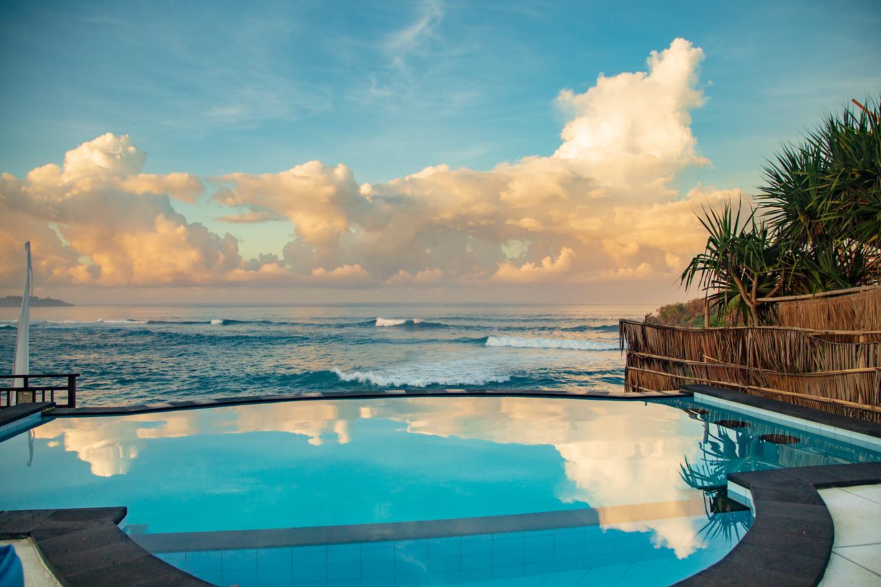 Balinese Infinity Pool