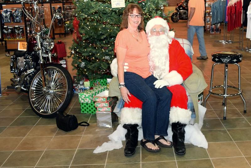 2014 Santa Visits J&P Cycles Florida Superstore (55).JPG