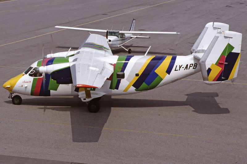 LY-APB-AntonovAn-28-Private-EKSB-2000-06-21-IT-26-KBVPCollection.jpg