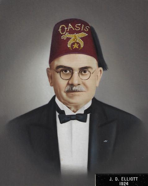 1924 - J.D. Elliott.jpg