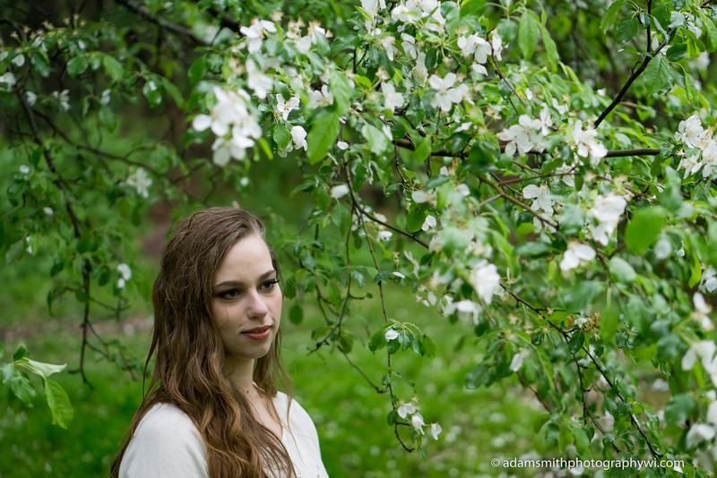 Engagement_Photos_Rain_Park-4.JPG