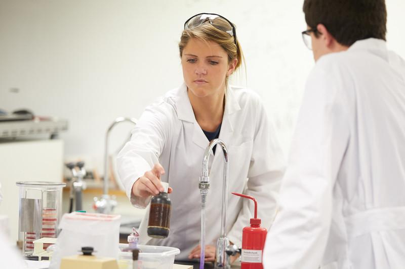 2018 UWL Microbiology Lab Graduate Students0033.jpg