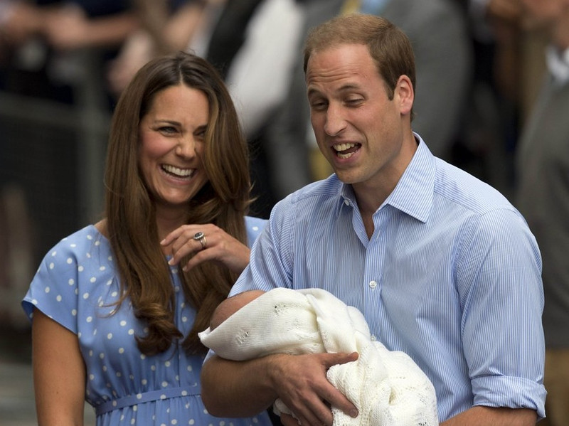 ". <p><b><a href=\'http://www.eonline.com/news/441773/prince-william-royal-baby-got-kate-s-looks-and-way-more-hair-than-me\' target=""_blank\""> Britain is all agog over the birth of the Royal Baby. Prince William said the new prince came into this world ... </a></b> <p> <b>A. Hairier than his father </b> <p><b> B. Beautiful like his mother </b> <p> <b>C. Naked like his Uncle Prince Harry </b> <p> --------------------------------------------   (AP Photo/Matt Dunham)"