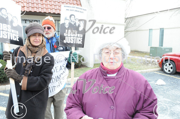 Living Wage Jobs for All Illinois Coalition jobs rally at Illinois Department of Employment Security (IDES) office in North Aurora, IL 1-7-11