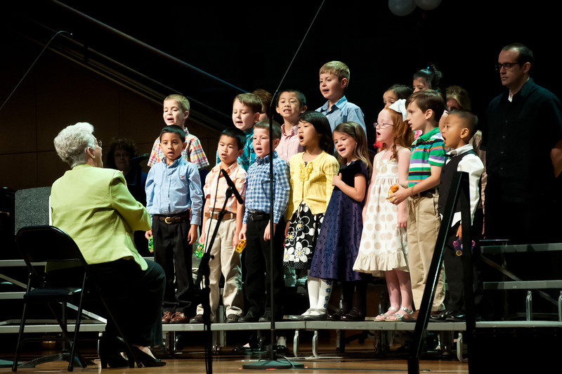 050513-Jimmy_Choir-16-.jpg