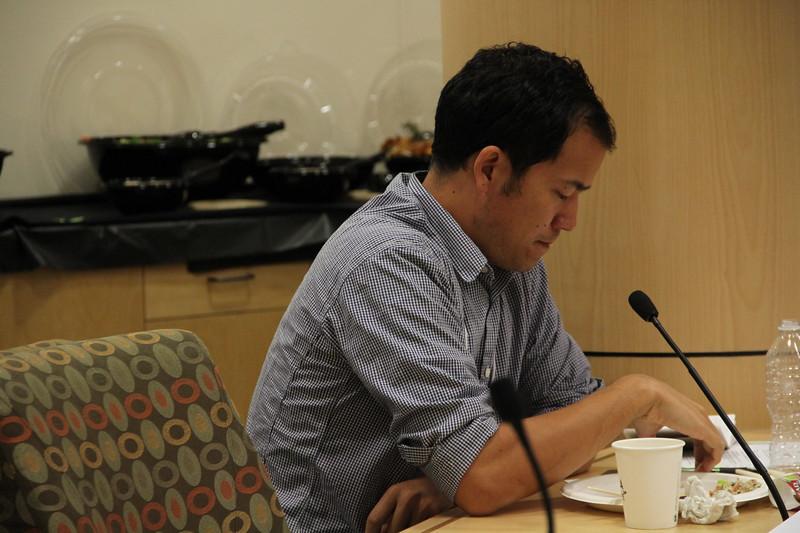 2011, Rosten Woo