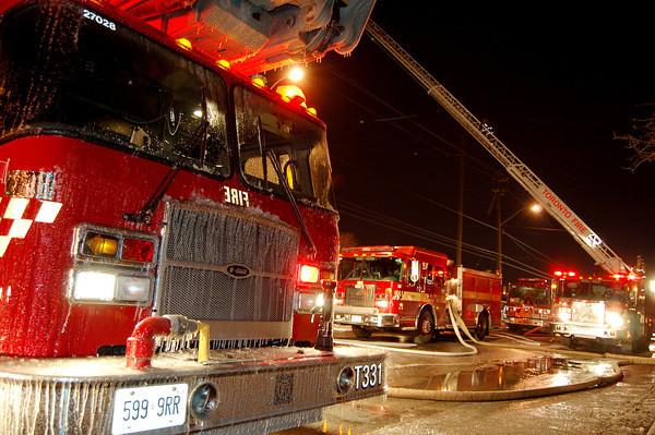 January 31, 2007 - 5th Alarm - 251 Wicksteed Ave