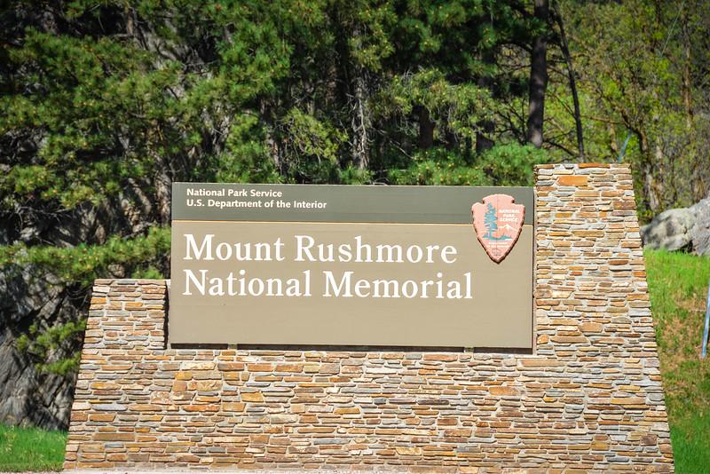 Mount-Rushmore-1.jpg