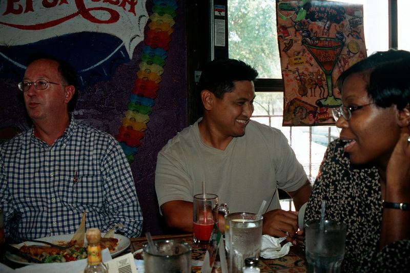 2002 05 20 - Lt Shannons lunchon 06.JPG