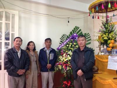 3 hình - Tang Lễ  Thân Mẫu Nguyễn Hùng