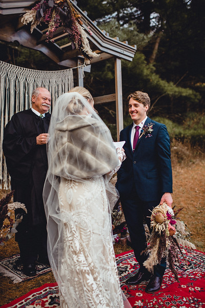 Requiem Images - Luxury Boho Winter Mountain Intimate Wedding - Seven Springs - Laurel Highlands - Blake Holly -1046.jpg