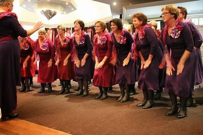 2013-1006 SCBG sing with Brabantzangers