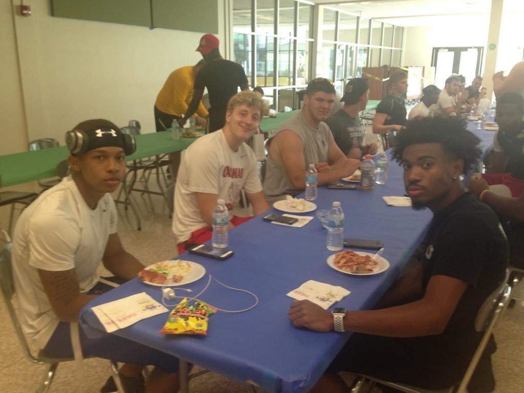 . Senior Bowl team dinner (John Kampf, The News-Herald)