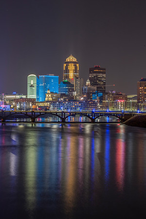 Des Moines City Skyline from 6th Avenue