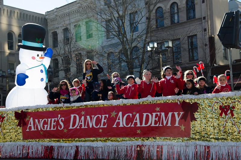 2014 Holiday Parade_110.jpg