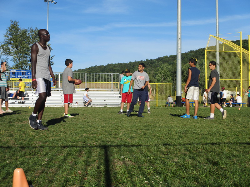 kars4kids_thezone_camp_boys_football (79).JPG