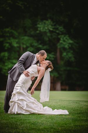 E-Wedding Newlyweds
