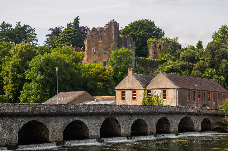 Ardfinnan castle and the River Suir